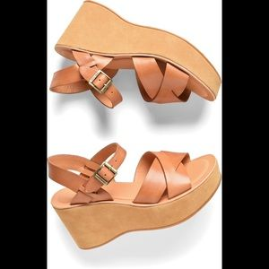 NWT Kork-Ease Ava Platform wedge sandals